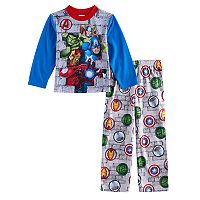 Boys 4-10 Marvel Avengers 2-Piece Pajama Set