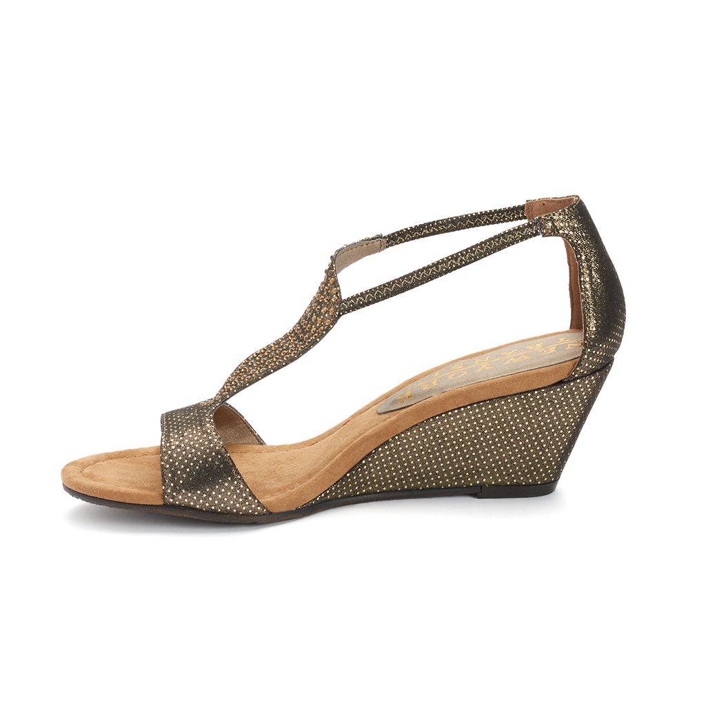 New York Transit Bright Move Women's Wedge Sandals
