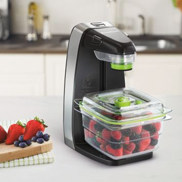 FoodSaver Fresh Vacuum Sealer Appliance Bundle