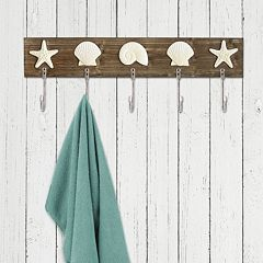 Stratton Home Decor 5-Hook Faux Shell & Starfish Wall Decor