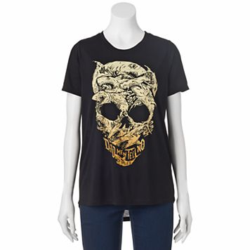 Disney's Pirates of the Caribbean: Dead Men Tell No Tales Juniors' Shark Skull Graphic Tee