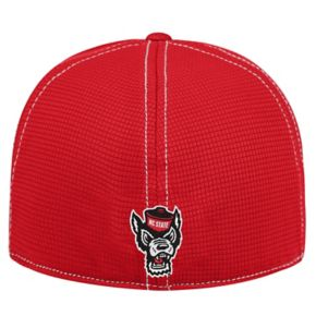 Adult Top of the World North Carolina State Wolfpack Upright Performance One-Fit Cap