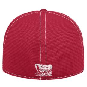 Adult Top of the World Oklahoma Sooners Upright Performance One-Fit Cap