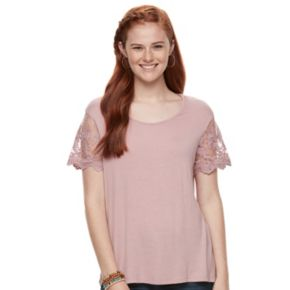 Juniors' Liberty Love Lace Tee