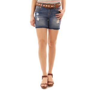 Juniors' Wallflower Luscious Curvy Release Hem Midi Jean Shorts