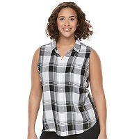 Juniors' Plus Size SO® Pleated Sleeveless Shirt