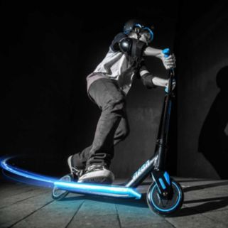 Neon Viper LED Light-Up Scooter
