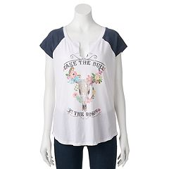 Juniors' 'Bull By The Horns' Raglan Graphic Tee