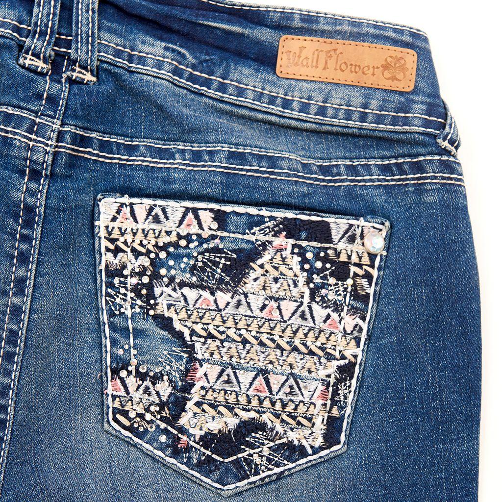 Juniors' Plus Size Wallflower Embellished Jean Capris