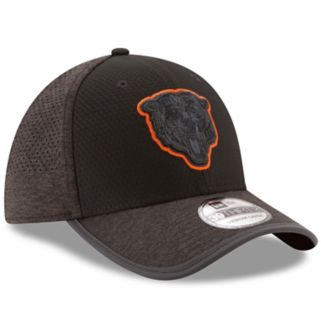 Adult New Era Chicago Bears 39THIRTY Tech Flex-Fit Cap