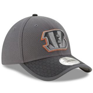 Adult New Era Cincinnati Bengals 39THIRTY Sideline Flex-Fit Cap