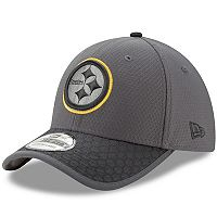 Adult New Era Pittsburgh Steelers 39THIRTY Sideline Flex-Fit Cap
