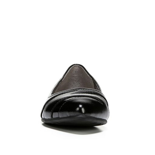 LifeStride Quizzical Women's Pointed Toe Flats
