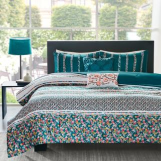 Intelligent Design Amelia Comforter Set