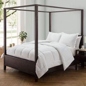 VCNY Caribbean Joe Pineapple Embossed Comforter Set