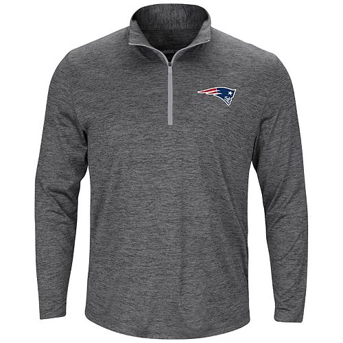 95aca4cc Men's Majestic New England Patriots Intimidating Half-Zip Top