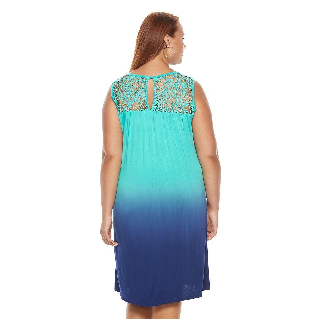 Plus Size Design 365 Dip-Dye Crochet Dress