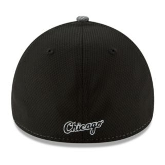 Adult New Era Chicago White Sox 39THIRTY Shadow Blocker Fitted Cap