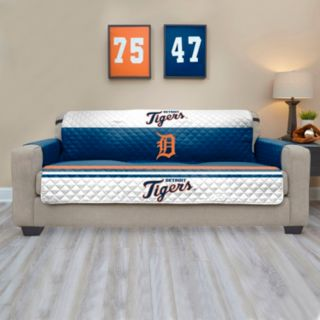 Detroit Tigers Quilted Sofa Cover