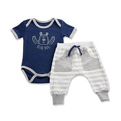 Baby Boy Baby Aspen Trendy Baby 'Bear Hug' Baby Bodysuit and Leggings Set