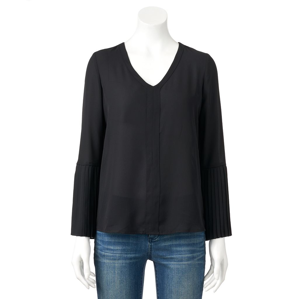 Women's ELLE™ Pleated Sleeve Top