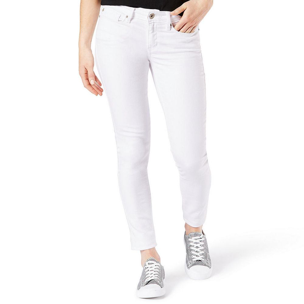 Juniors' DENIZEN from Levi's® Low Rise Jegging