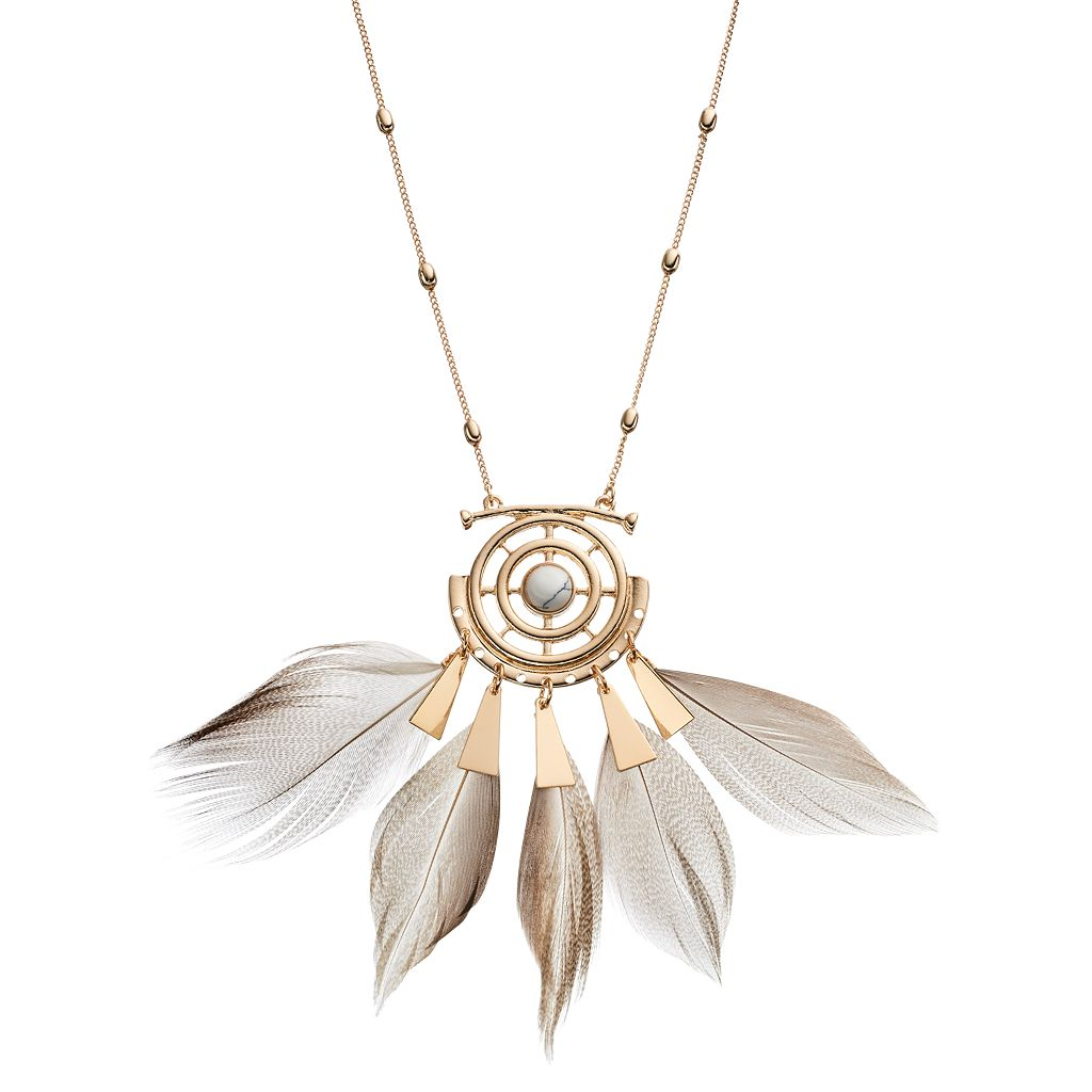 Openwork Medallion Feather Necklace