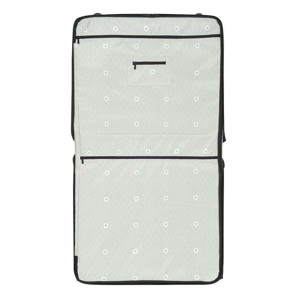 Delsey Air Elite 19-Inch Wheeled Garment Bag