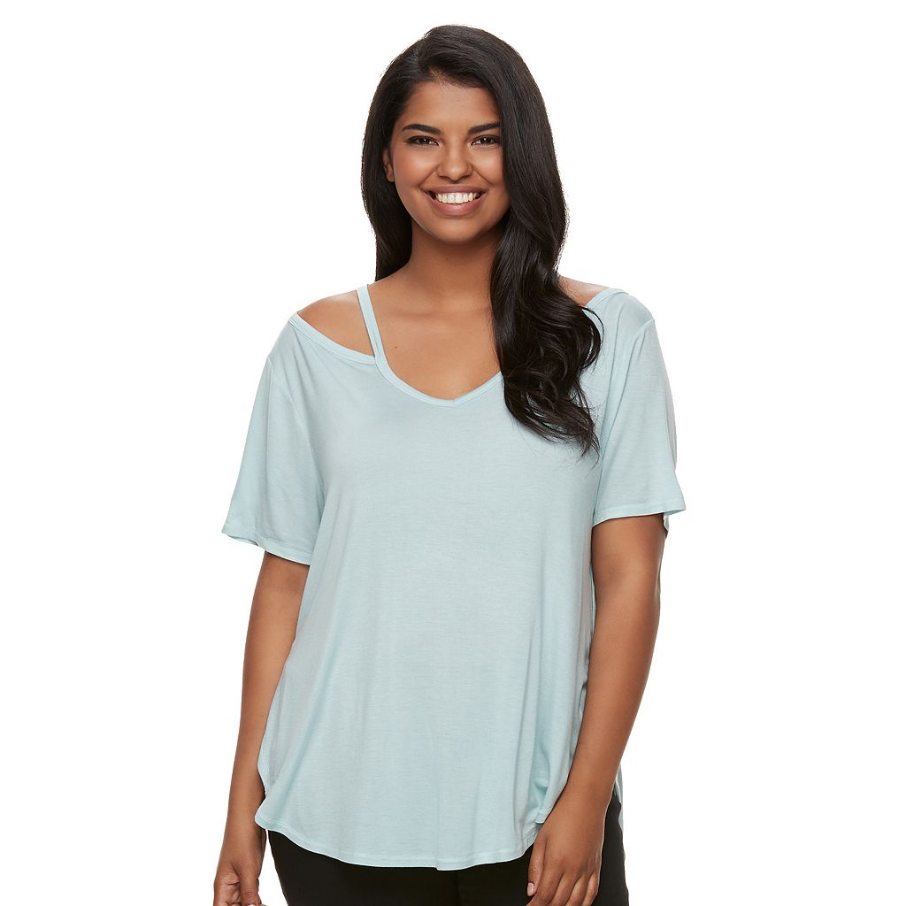 Juniors' Plus Size Mudd® Strappy V-Neck Tee