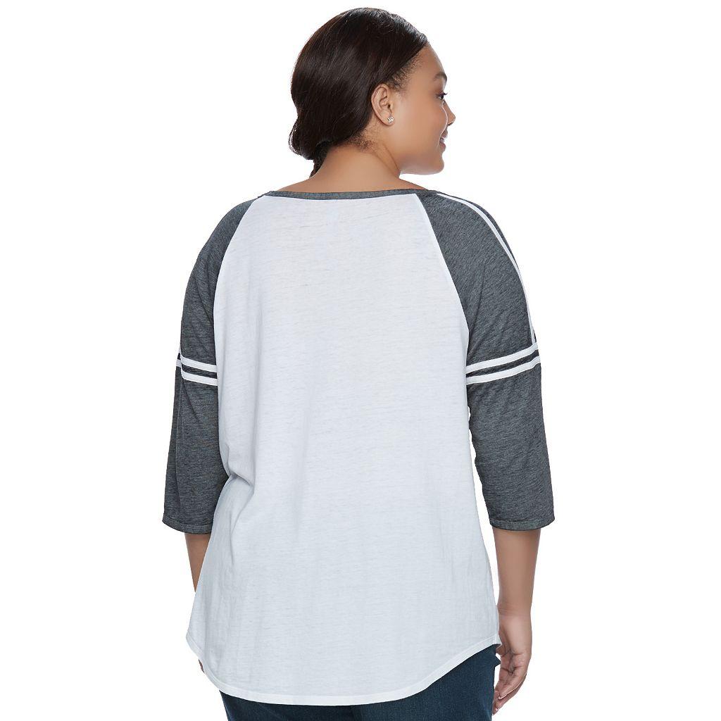 Juniors' Plus Size SO® Striped Burnout Raglan Tee