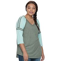 Juniors' Plus Size SO® Striped Burnout Raglan Tee