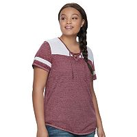 Juniors' Plus Size SO® Burnout Contrast Tee