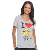 Juniors' Minions Heart Graphic Tee