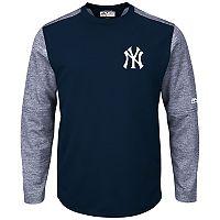 Men's Majestic New York Yankees Tech Fleece Tee