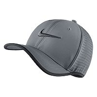 Adult Nike Aerobill Classic Cap