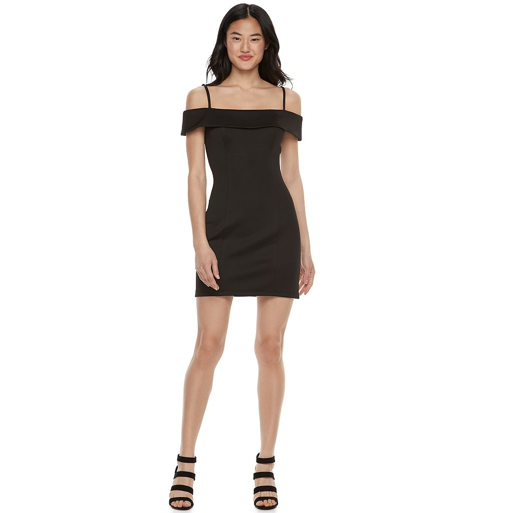 Juniors' Speechless Off The Shoulder Bodycon Dress