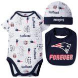 Baby Boy New EnglandPatriots Forever Fan 3-Piece Bodysuit Set