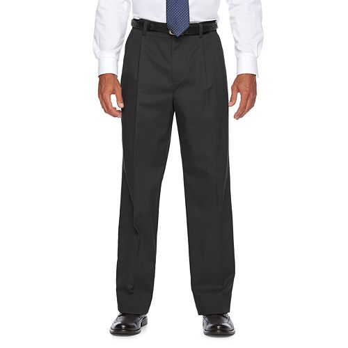 Men's Croft & Barrow® Classic-Fit Easy-Care Stretch Pleated Khaki Pants