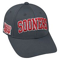 Adult Top of the World Oklahoma Sooners Cool & Dry One-Fit Cap