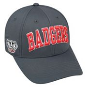 Adult Top of the World Wisconsin Badgers Cool & Dry One-Fit Cap