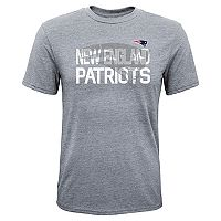 Boys 8-20 New England Patriots Screen Pass Tee