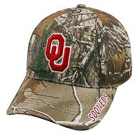 Adult Top of the World Oklahoma Sooners Realtree One-Fit Cap