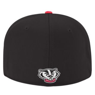 Adult Top of the World Wisconsin Badgers Lightspeed One-Fit Cap