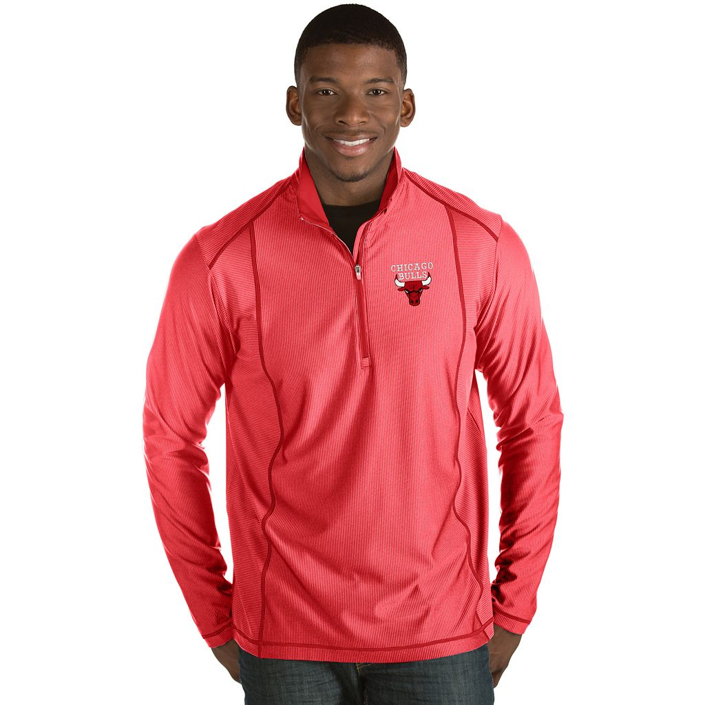 Men's Antigua Chicago Bulls Tempo Quarter-Zip Pullover