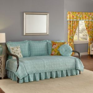 Waverly Modern Poetic Reversible Daybed Quilt!