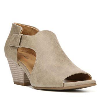 7e2daedd5575 SOUL Naturalizer Daya Women s Block Heel Sandals