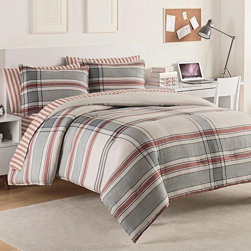 IZOD Hyde Plaid Comforter Set