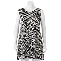 Juniors' Plus Size IZ Byer Print Shift Dress