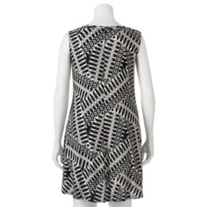 Juniors' Plus Size IZ Byer Print Shift Dress