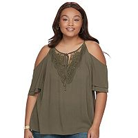 Juniors' Plus Size IZ Byer Crochet Cold Shoulder Top